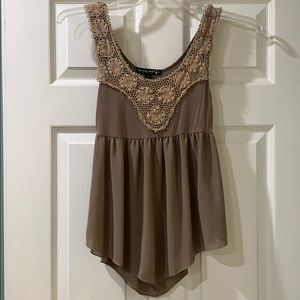 Women's Small Taupe Top